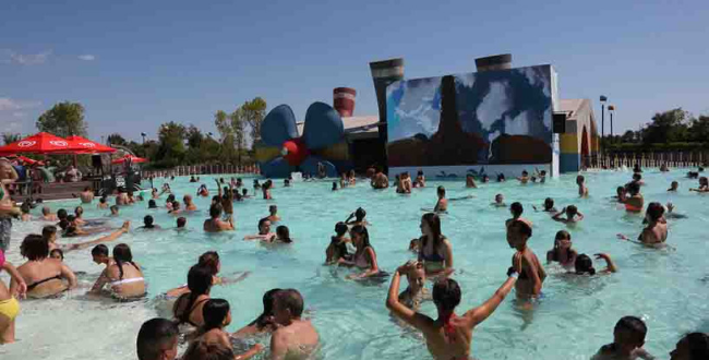 Pool Party da Cinecittà World