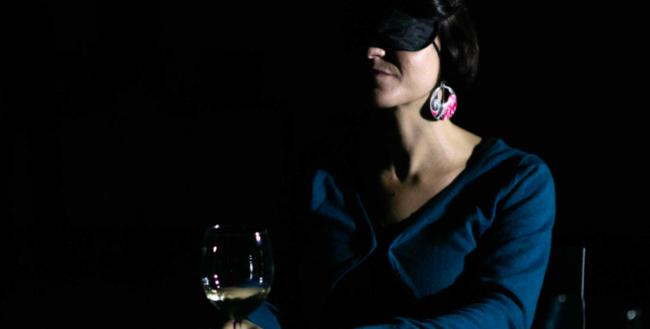 In buio veritas, degustazione di vini al buio